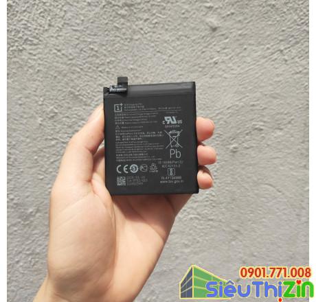thay pin điện thoại oneplus 8 chính hãng 1